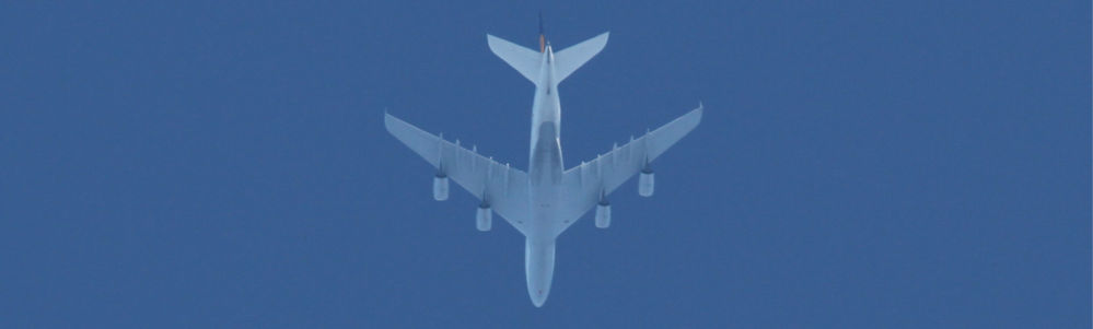 Image of an Airplane tracked by flight trackers