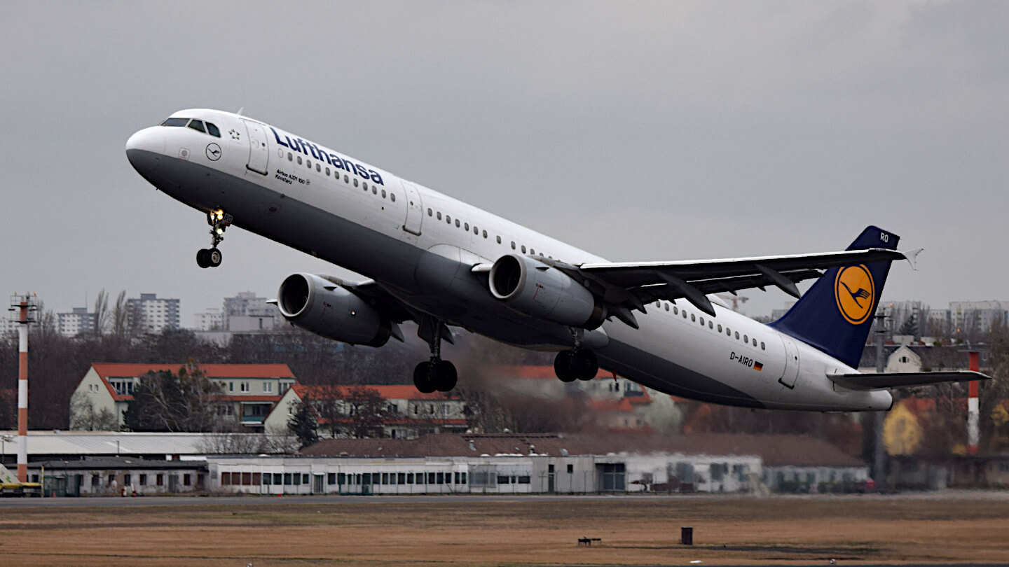 A Lufthansa plane at takeoff.